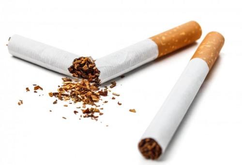 Le complot pour jeter le fumer