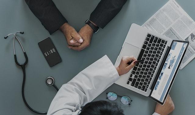 Droit communication professionnels santé