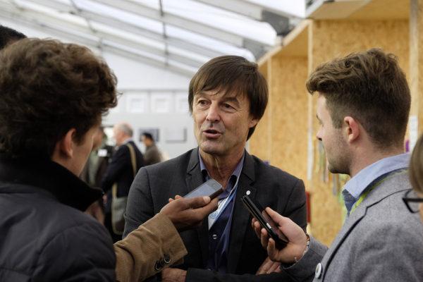 Nicolas Hulot, répondant aux questions dans les espaces Générations climat